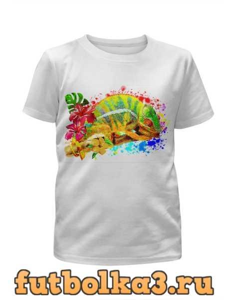 Футболка для девочек Хамелеон с цветами в пятнах краски.
